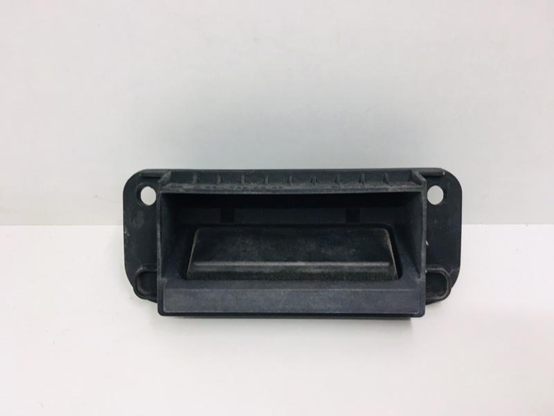 Ручка открытия багажника Mercedes C300 W204 3.5 2014 (б/у)