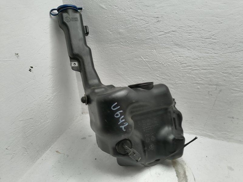 Бачок омывателя Mercedes C300 W204 3.5 2012 (б/у)