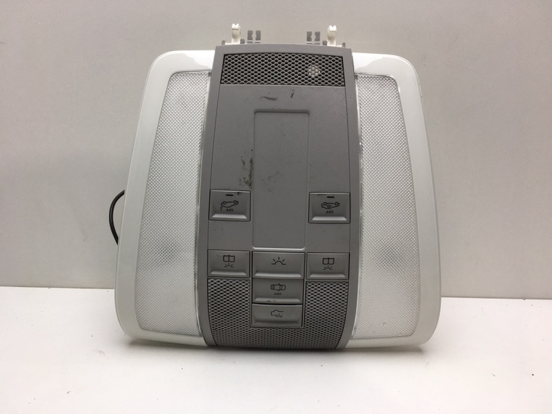 Плафон освещения салона Mercedes C220 W204 2.2 CDI 2011 (б/у)