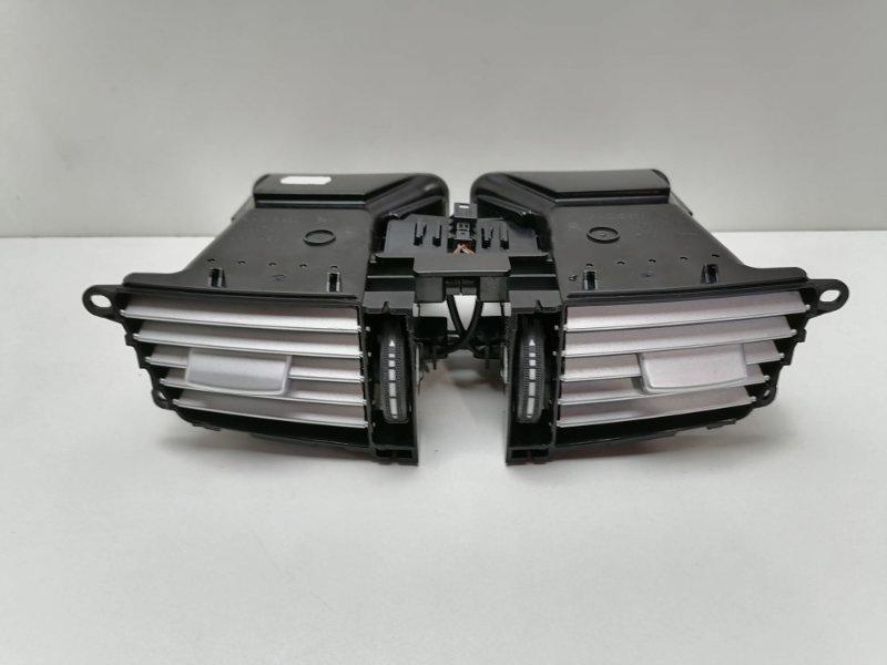 Дефлектор воздушный Mercedes E350 W212 3.0 CDI 2009 (б/у)