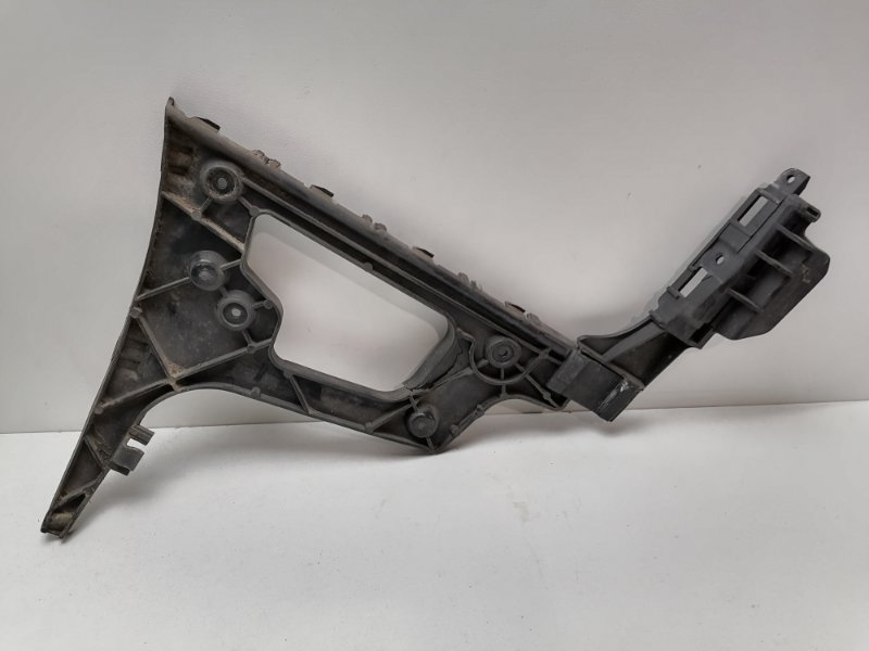 Крепление бампера Audi A5 2.0 TDI 2009 заднее правое (б/у)