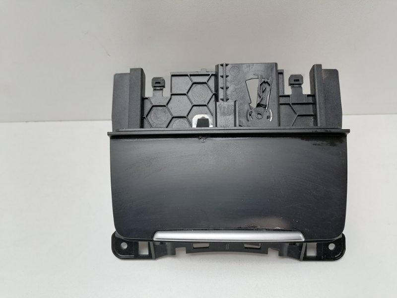 Пепельница Audi A5 2.0 TDI 2009 (б/у)