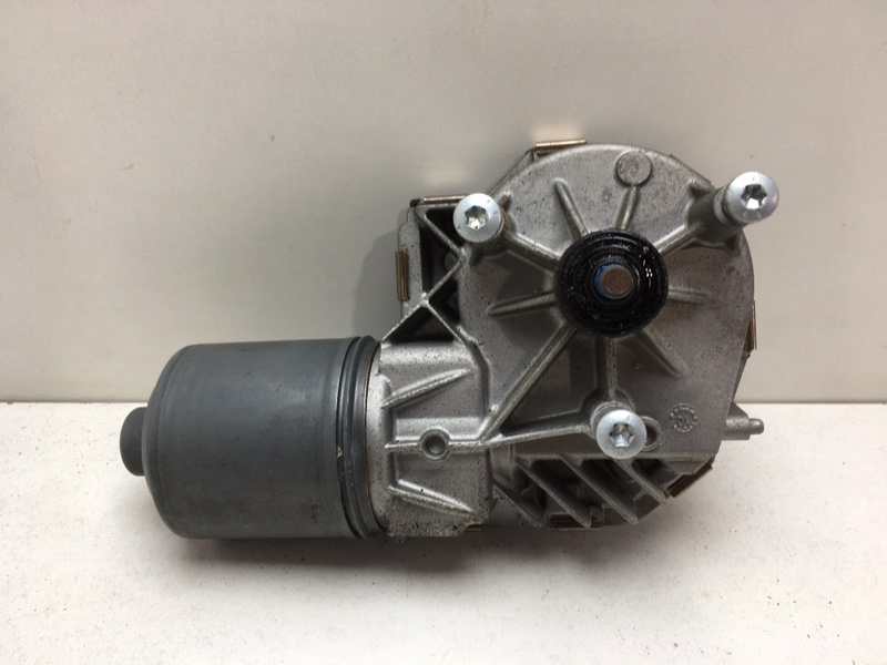 Моторчик стеклоочистителя Mercedes E350 W212 3.5 2011 передний (б/у)