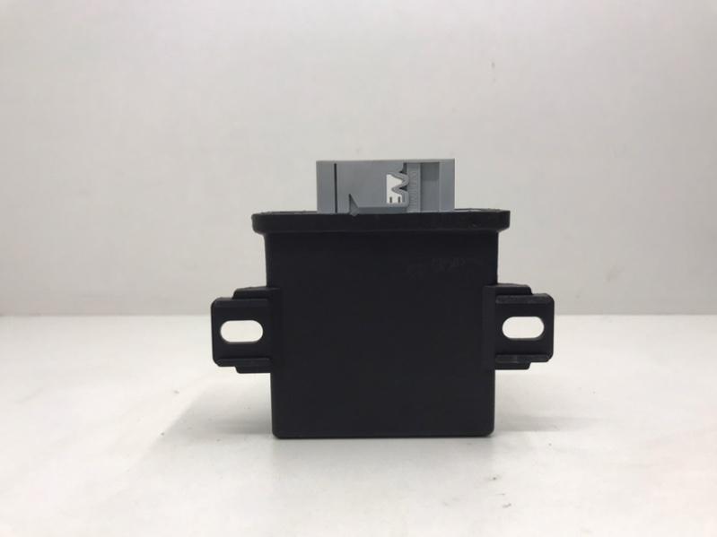Блок управления фарами Audi A6 C6 3.0 2012 (б/у)