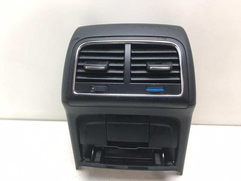 Дефлектор воздушный Audi A5 2.0 TDI 2009 задний (б/у)