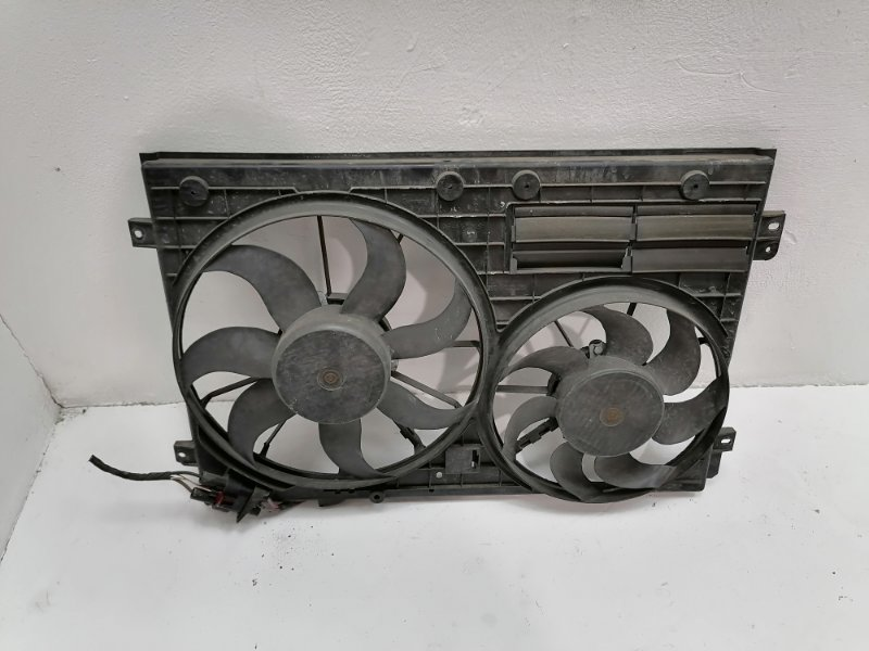 Вентилятор радиатора Volkswagen Passat B6 2.0 TDI 2010 (б/у)