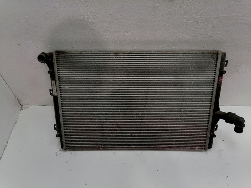 Радиатор двс Volkswagen Passat B7 1.6 TDI 2010 (б/у)