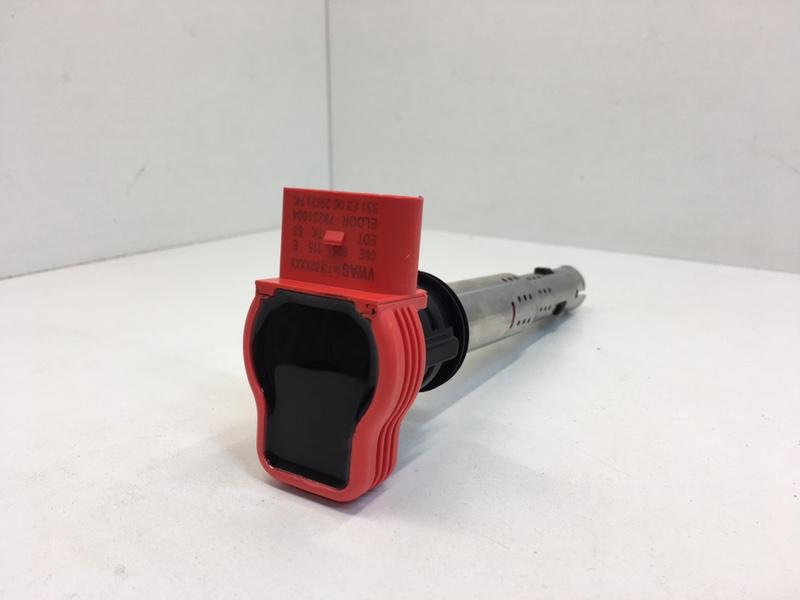 Катушка зажигания Audi A4 2.0 FSI (б/у)