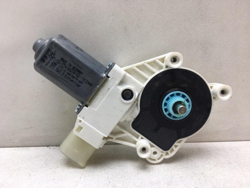 Мотор стеклоподъемника Bmw F10 2.0 D 2013 передний правый (б/у)