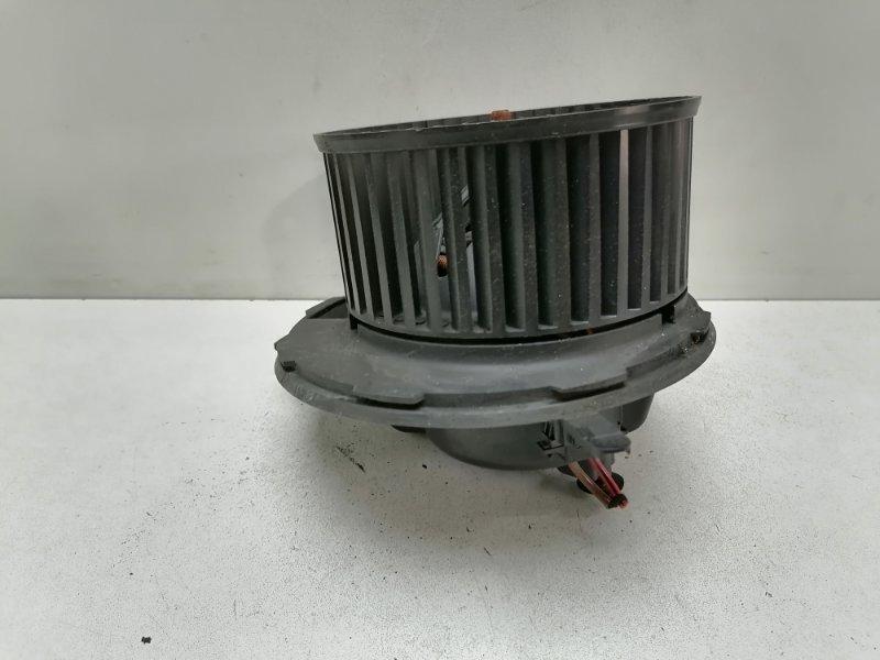 Мотор печки Volkswagen Passat B7 1.6 TDI 2012 (б/у)