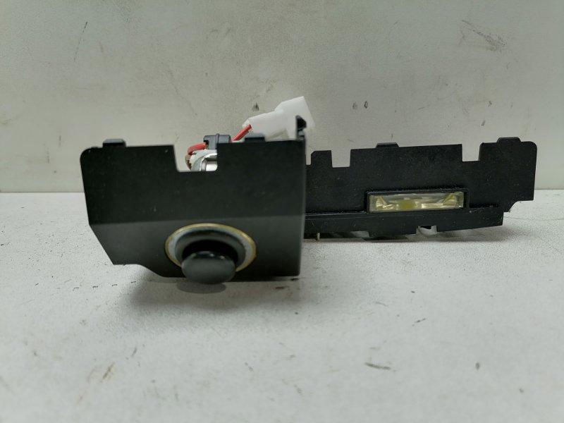 Гнездо прикуривателя ( прикуриватель ) Mercedes E350 W212 3.5 2011 переднее (б/у)