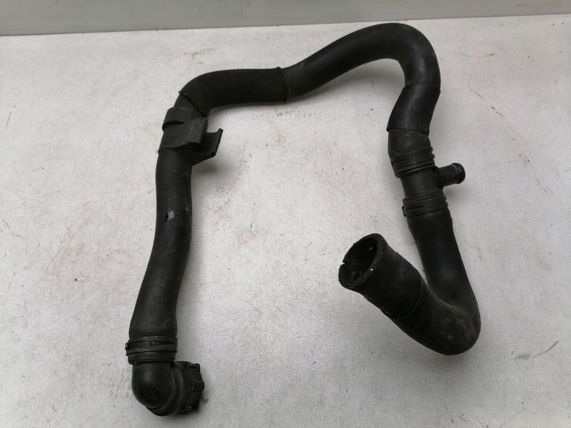 Патрубок радиатора Volkswagen Passat Cc 2011 (б/у)