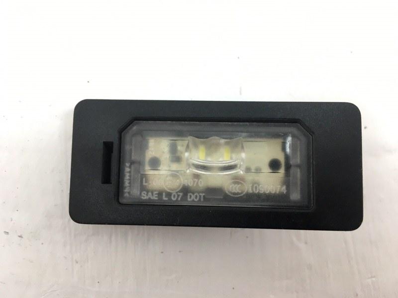 Фонарь освещения номерного знака Bmw F10 2.0 D 2013 задний правый (б/у)