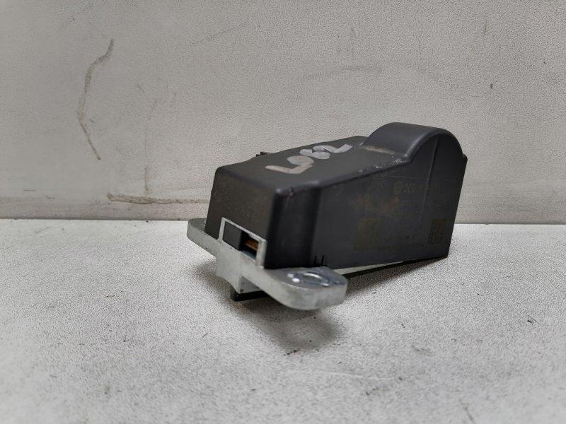 Блок блокировки руля Volkswagen Passat Cc 2.0 TDI (б/у)