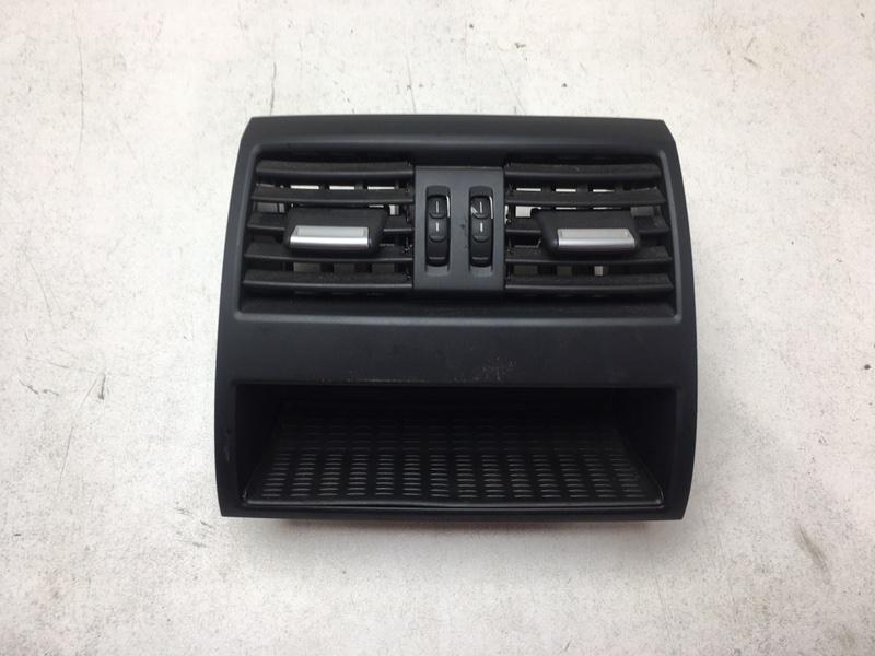 Дефлектор воздушный Bmw F10 2.0 D 2013 задний (б/у)