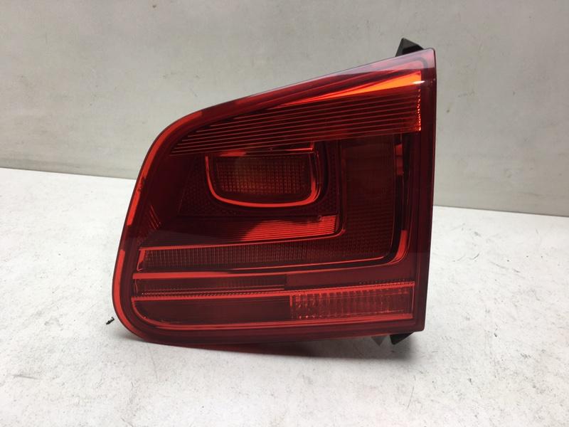 Фонарь задний Volkswagen Tiguan 2.0 TDI 2012 задний правый (б/у)