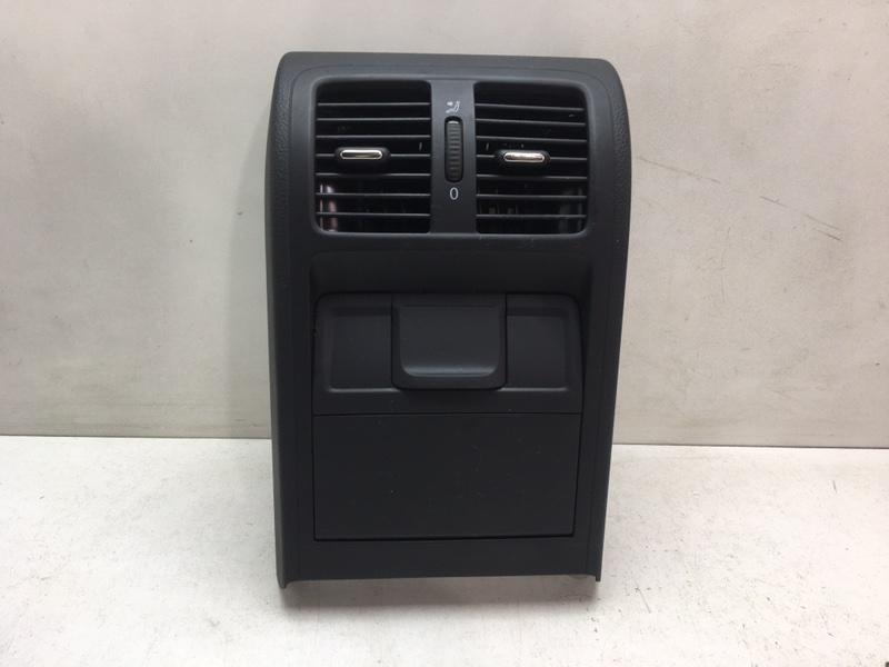 Дефлектор воздушный Volkswagen Passat Cc 2011 задний (б/у)