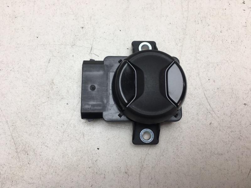 Кнопка регулировки сиденья Volkswagen Touareg 2 Nf 3.0 TDI 2017 передняя (б/у)