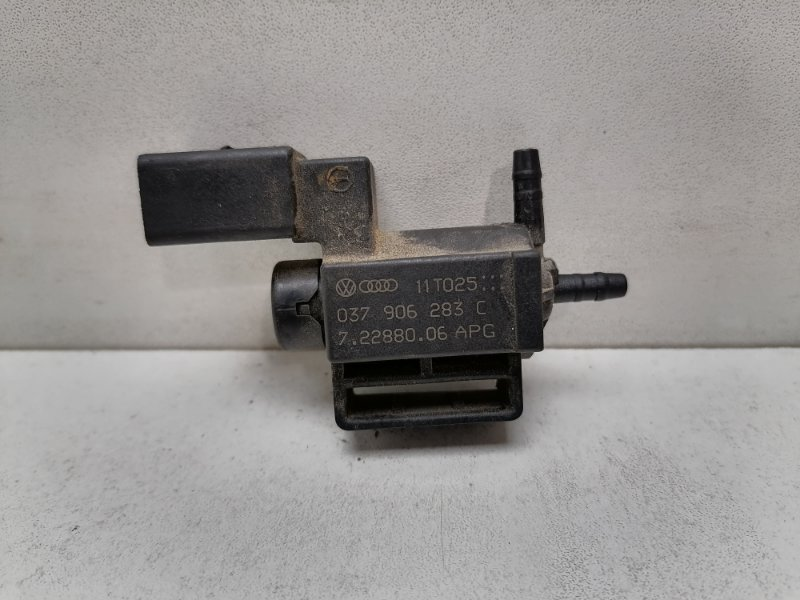 Клапан электромагнитный Volkswagen Passat (б/у)