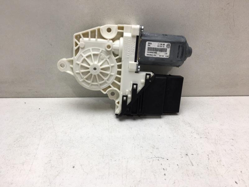 Мотор стеклоподъемника Volkswagen Tiguan 2.0 TDI задний левый (б/у)