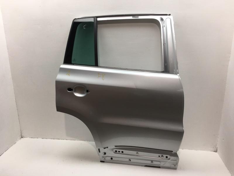 Дверь Volkswagen Tiguan 2.0 TDI задняя правая (б/у)