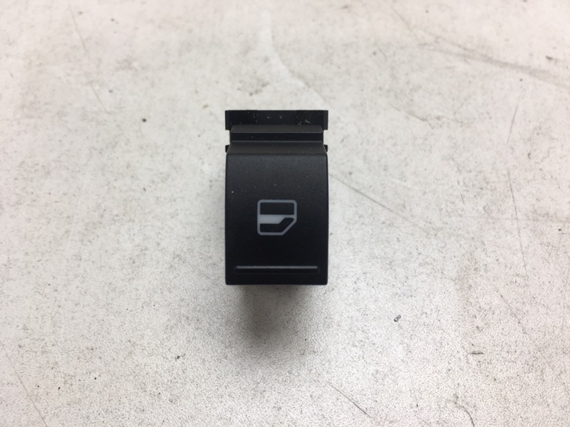 Кнопка стеклоподъёмника Volkswagen Tiguan 2.0 TDI задняя правая (б/у)