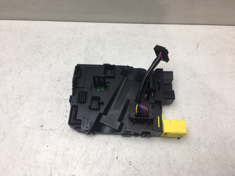 Подрулевой блок Volkswagen Tiguan 2.0 TDI (б/у)