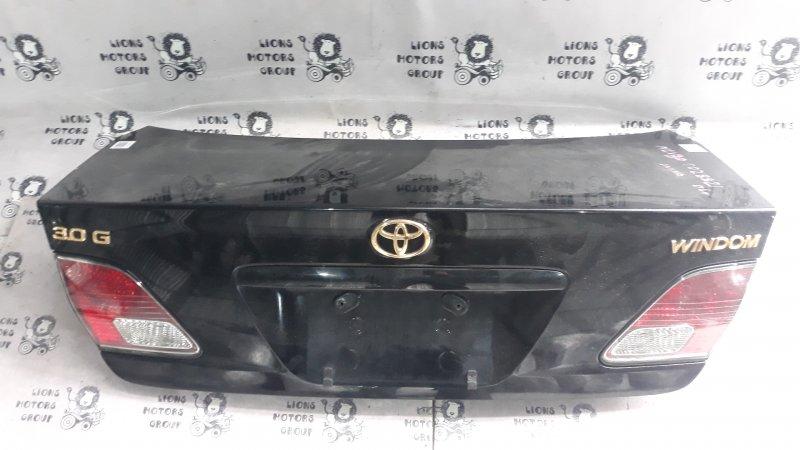 Крышка багажника  чёрная TOYOTA WINDOM  куз. MCV30