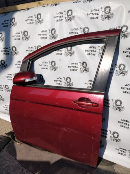 Дверь боковая Toyota Isis ZNM10 передняя левая (б/у)