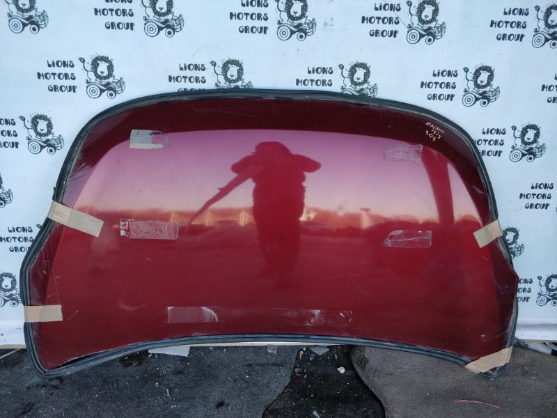 Капот Toyota Isis ZNM10 (б/у)
