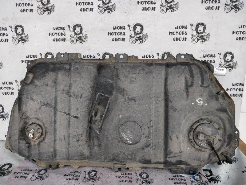 Топливный бак Toyota Isis ZNM10 (б/у)