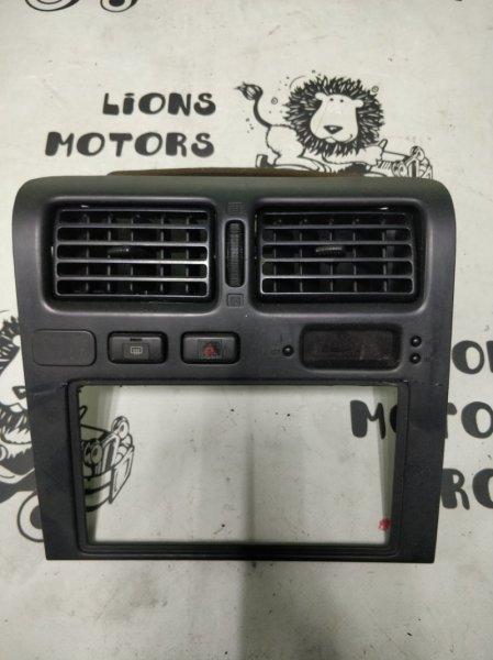 Консоль магнитофона Toyota Corona ST191 3S-FE (б/у)