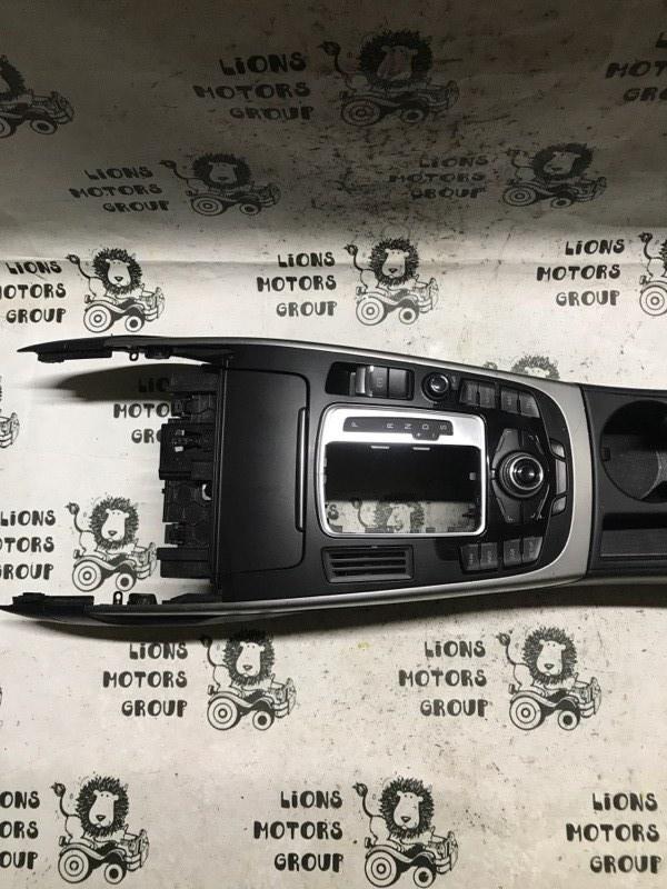 Подлокотник Audi A4 8K CDHB (б/у)