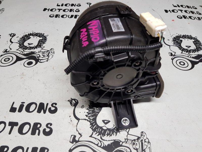 Мотор охлаждения батареи Toyota Aqua NHP10 1NZ-FXE (б/у)