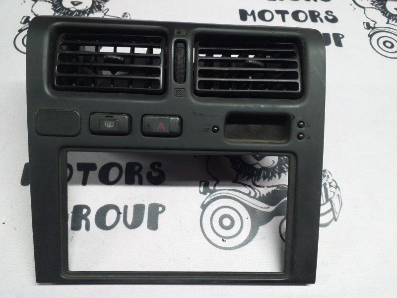 Консоль магнитофона Toyota Corona ST190 (б/у)