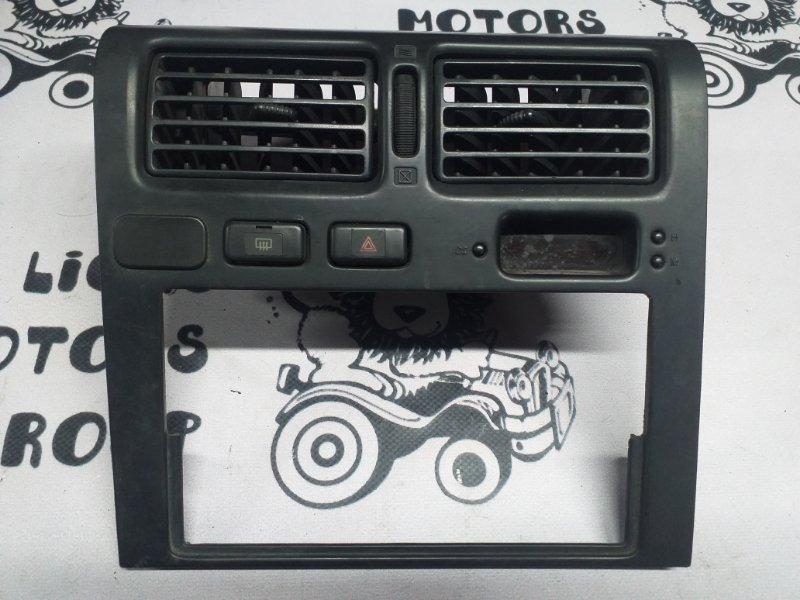 Консоль магнитофона Toyota Corona ST191 (б/у)