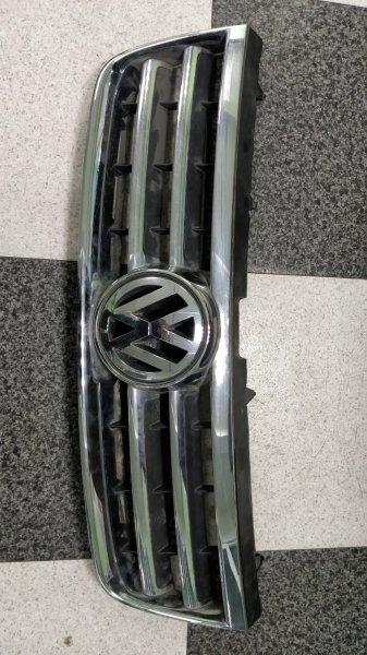 Решетка радиатора Volkswagen Touareg 7LA BKJ (б/у)