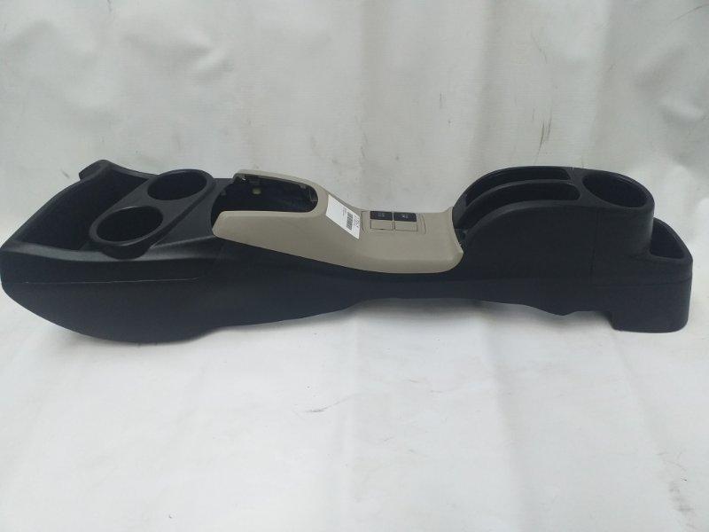 Консоль между сидений Toyota Aqua NHP10 (б/у)