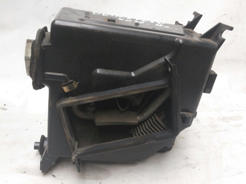 Испаритель кондиционера Mitsubishi Delica PE8W 4M40 1998 передний (б/у)