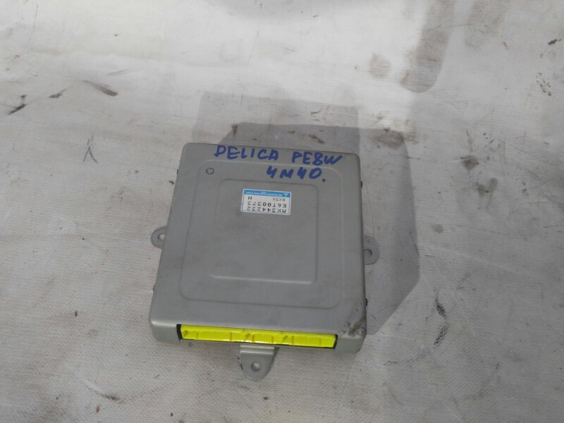 Блок управления двигателем Mitsubishi Delica PE8W 4M40 1998 (б/у)
