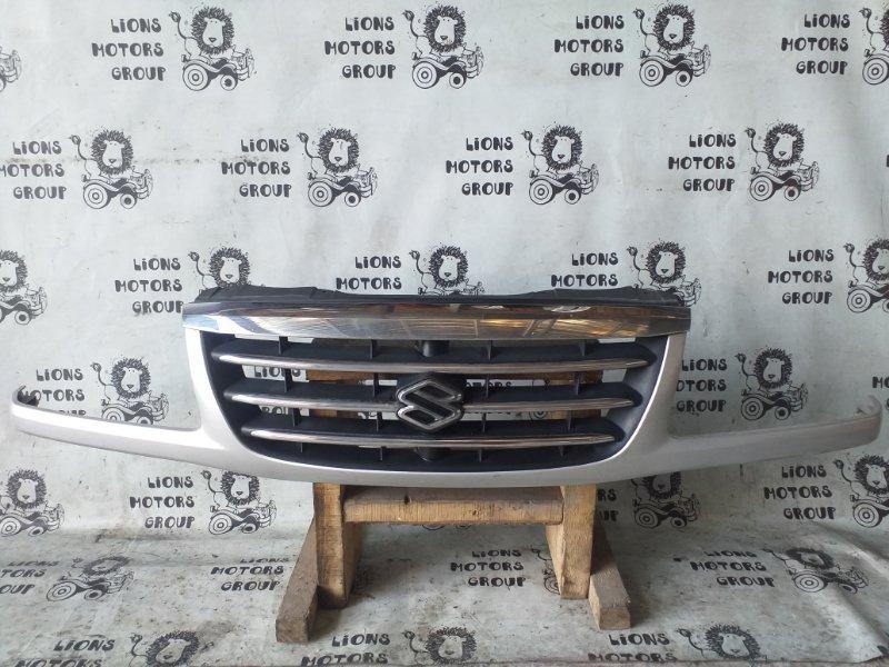 Решетка радиатора Suzuki Grand Vitara TD62W передняя (б/у)