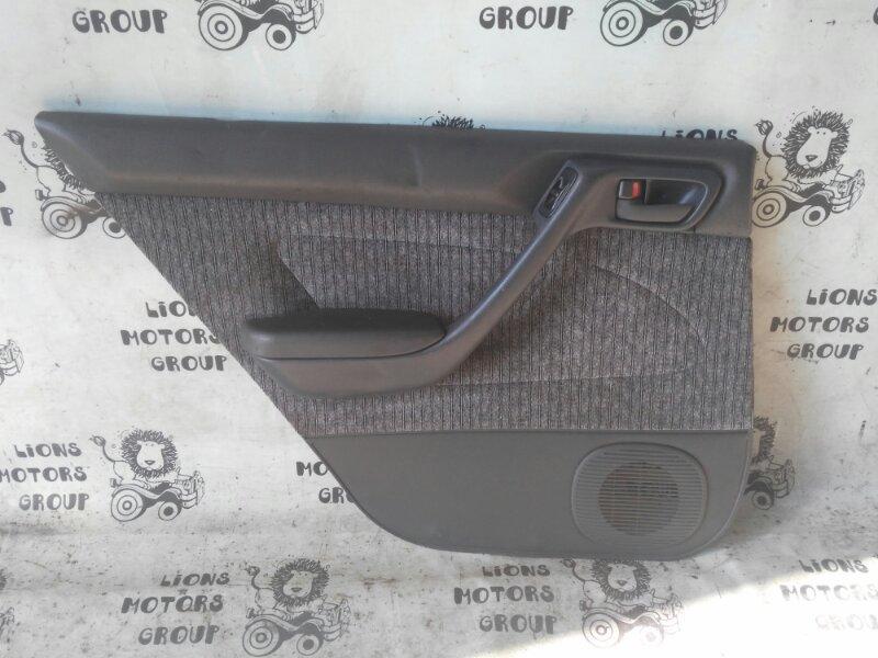 Обшивка дверей Toyota Corona AT190 задняя левая (б/у)