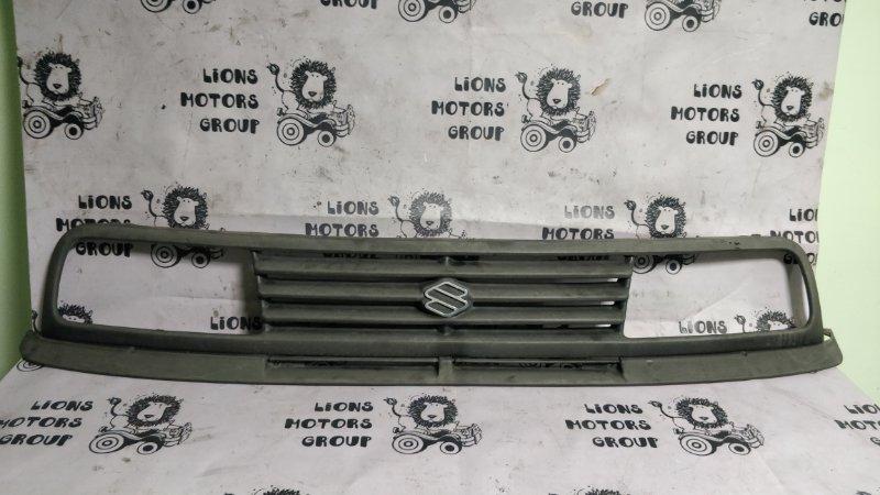 Решетка радиатора Suzuki Escudo TA01W G16A 1990 (б/у)