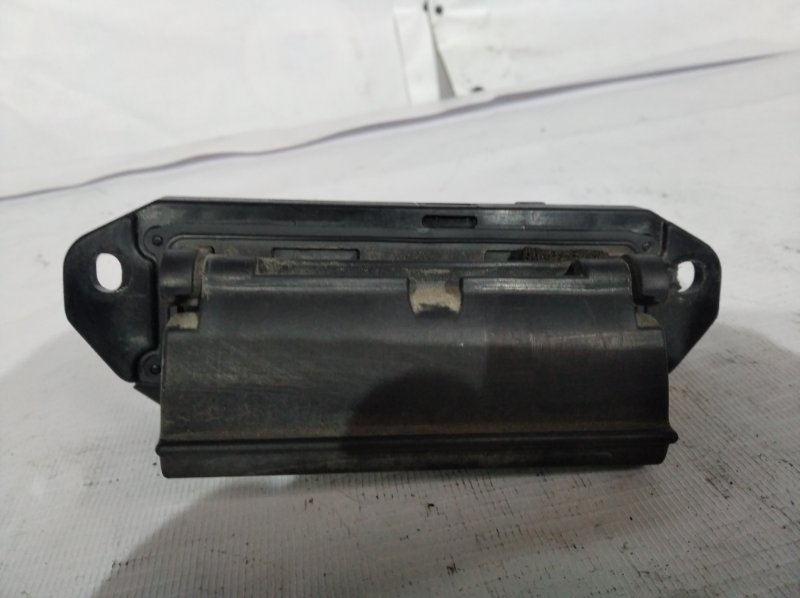 Ручка двери задней Toyota Kluger MCU25 задняя (б/у)
