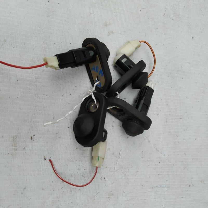 Выключатель концевой Toyota Rav4 ACA21 (б/у)