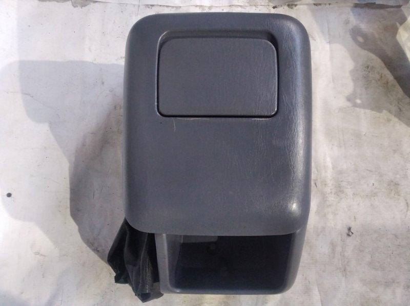 Бардачок между сиденьями Toyota Land Cruiser Prado KZJ95 1KZ 1997 (б/у)