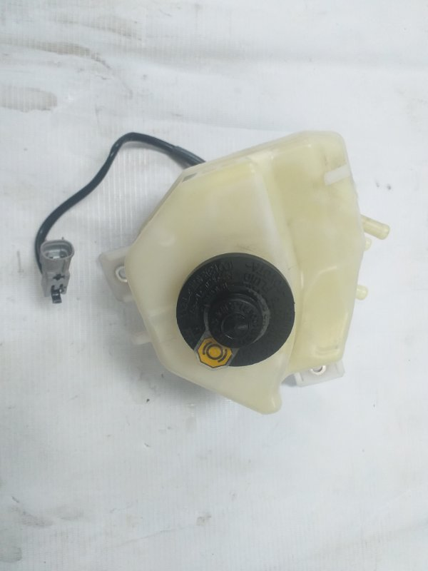 Бачок для тормозной жидкости Toyota Sai AZK10 2AZ-FXE 2011.07 (б/у)