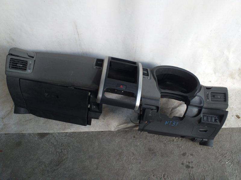 Торпедо Nissan X-Trail NT31 переднее (б/у)