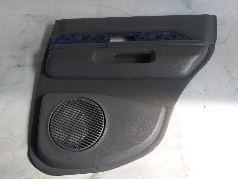 Обшивка дверей Nissan Terrano TR50 задняя правая (б/у)