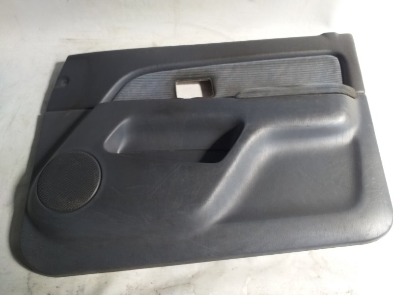 Обшивка дверей Toyota Hilux Surf VZN185 передняя правая (б/у)